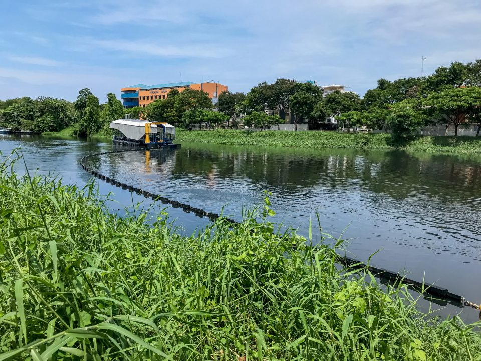 Interceptor 001™ in Cengkareng drain, Jakarta, Indonesia. Courtesy of The Ocean Cleanup